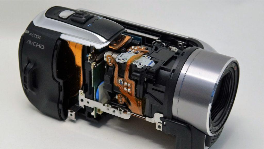 HF-R11-Canon-iVIS 電源が入らないビデオカメラからデータ取り出し