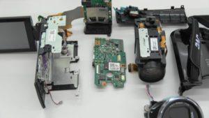 壊れたビデオカメラ